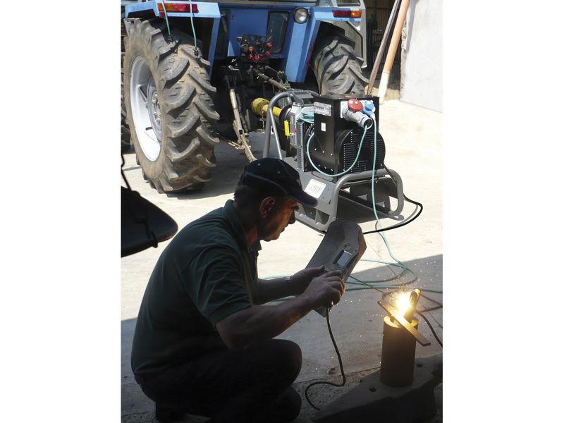 Bilde av Strømaggregat Farmer 45 230V traktordrevet