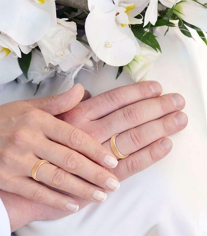 illustrasjon med hånd av gifteringer - 11545000