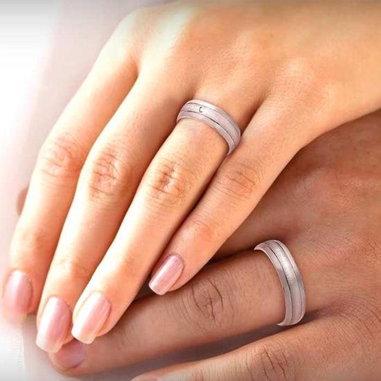 illustrasjon med hånd av gifteringer –1151012