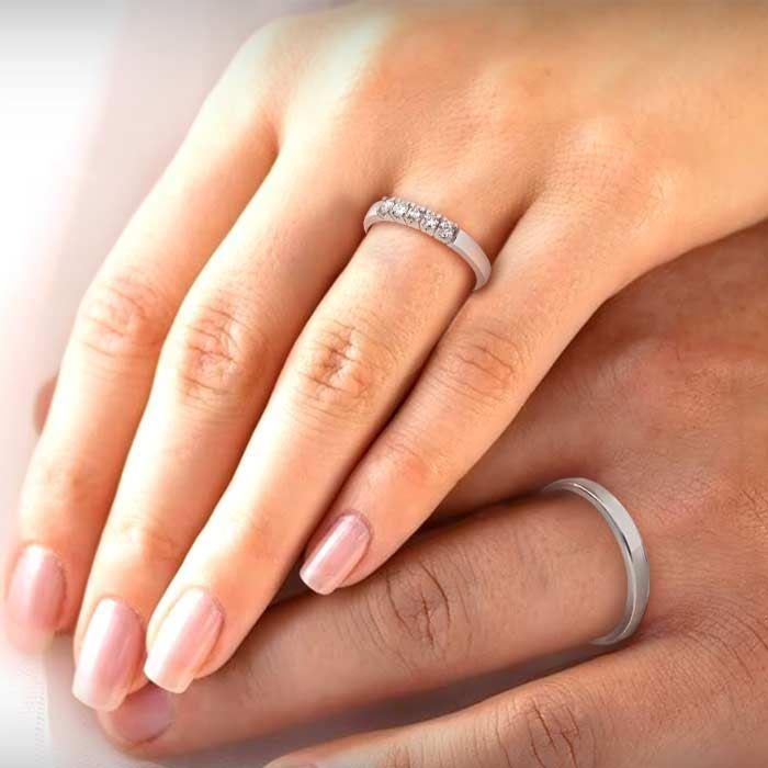 illustrasjon med hånd av gifteringer –11530-8505050