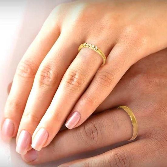 illustrasjon med hånd av gifteringer –230303-85050300