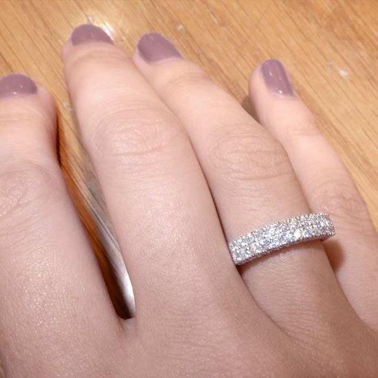 illustrasjon med hånd av gifteringer -3307052