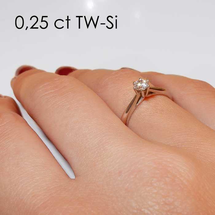 Enstens diamantring Leticia med 0,30 ct i 14kt gull. TW-Si. -18007030
