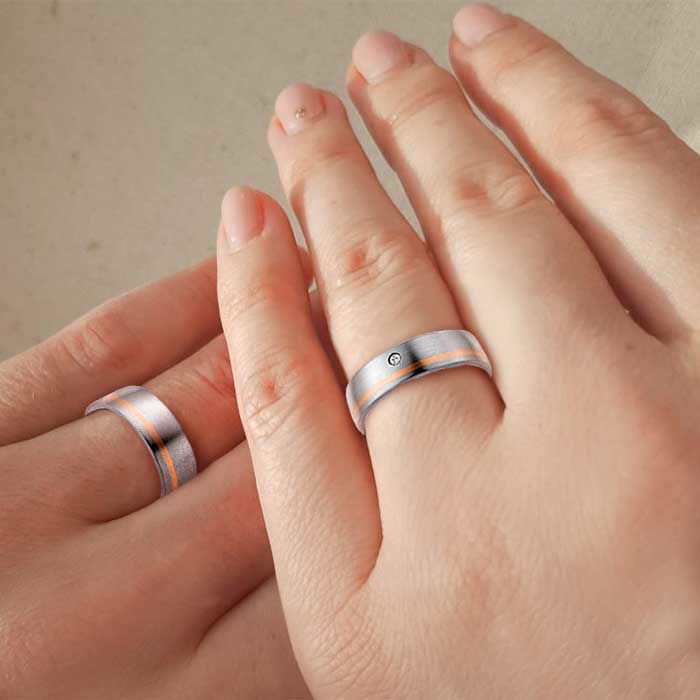 illustrasjon med hånd av gifteringer – 11505310