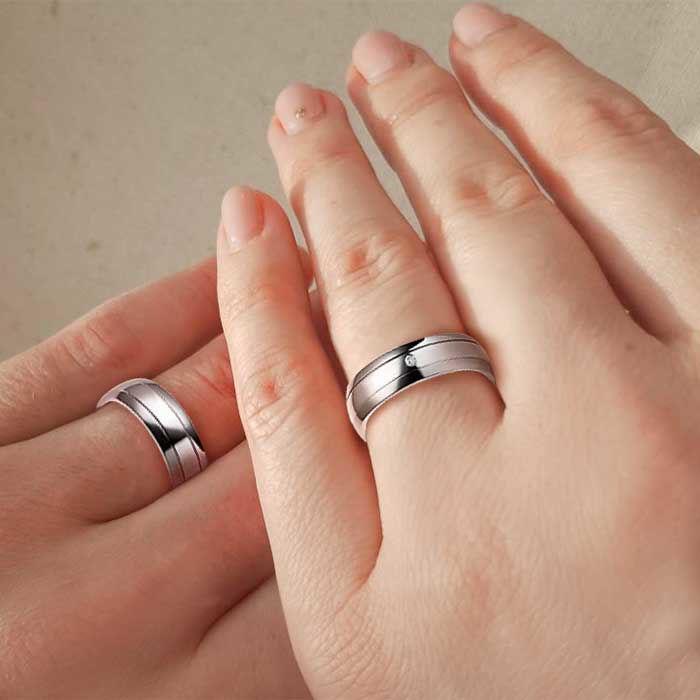 illustrasjon med hånd av gifteringer – 1150997