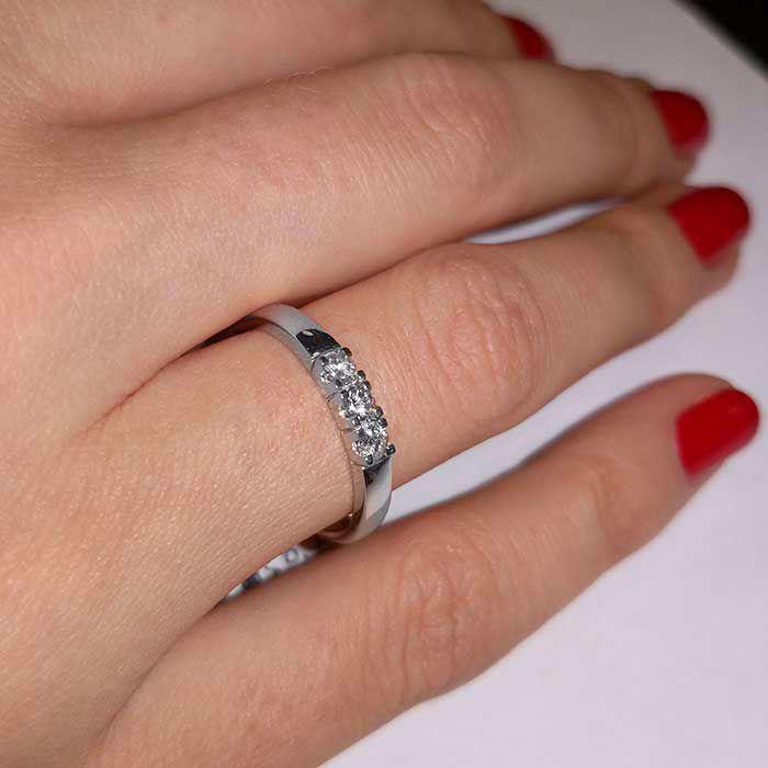 Forlovelsesring diamantring Iselin 3x0,05 ct TW-Si-8503050