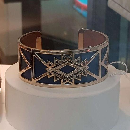 Armbånd Stjerne 25 mm, gullfarget Les Georgettes -100009