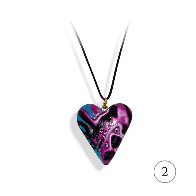 Hjertesmykke lilla &blå, 25x23 mm, med snor -28020725