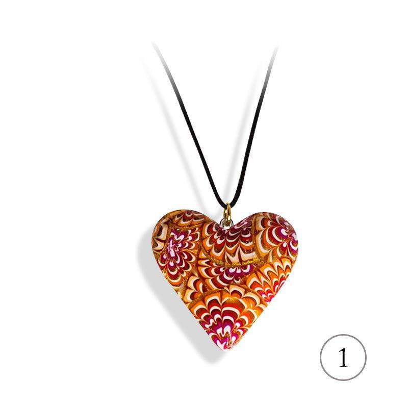 Hjertesmykke Krysantemum, rød&oransje, 34x34 mm, med snor -28020726