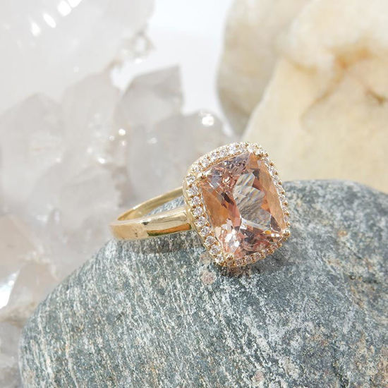 Diamantring i gult gull 0,10ct TW-Si med Morganite - COC11990