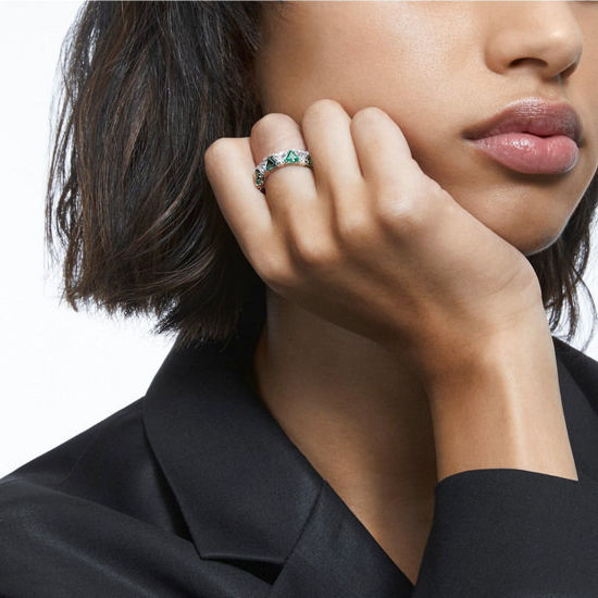 Swarovski ring Millenia cocktail ring Triangle cut crystals, Green, Rhodium plated - 5600760