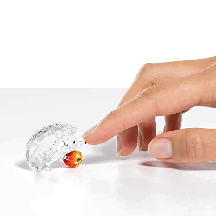 Swarovski figurer Hedgehog with Apple - 5532203
