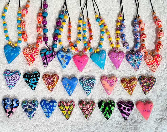 Bilde av Collierhjerte i rosa, Med glassperler, rosa & gul -280207478